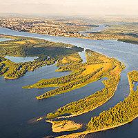 ОСТРОВ ПОДЖАБНЫЙ. Многие знают как Проран, по названию пристани. До этого эта территория была левобережьем Волги.